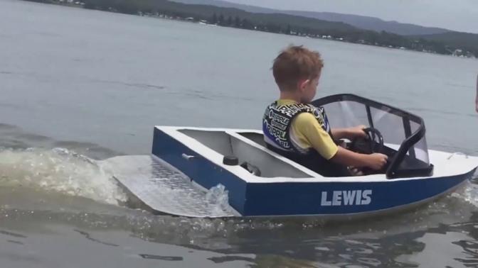 kidsandboats